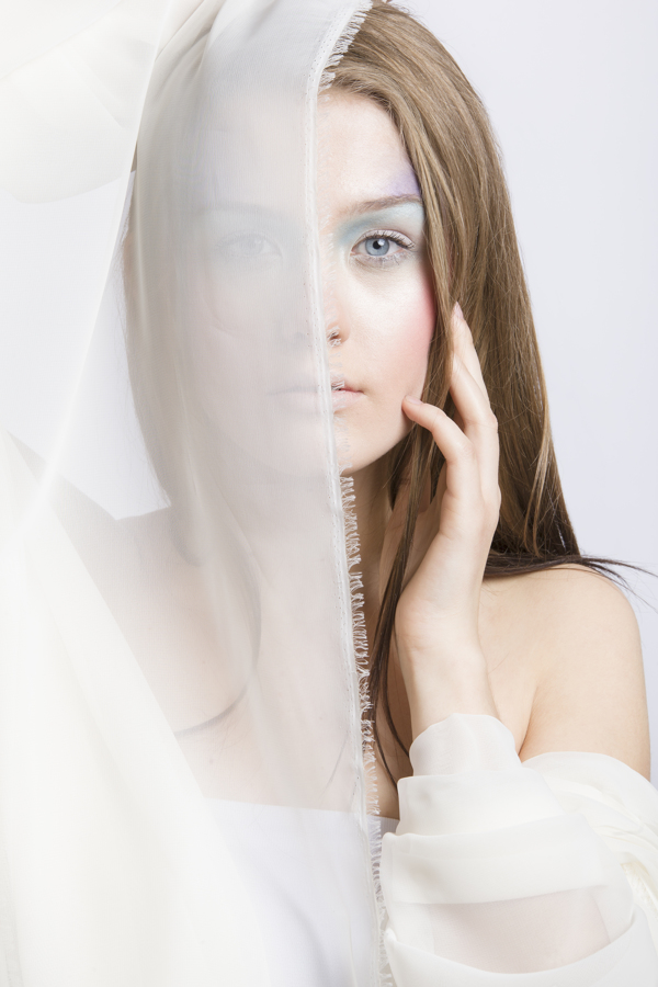 white-pastel-make-up-00