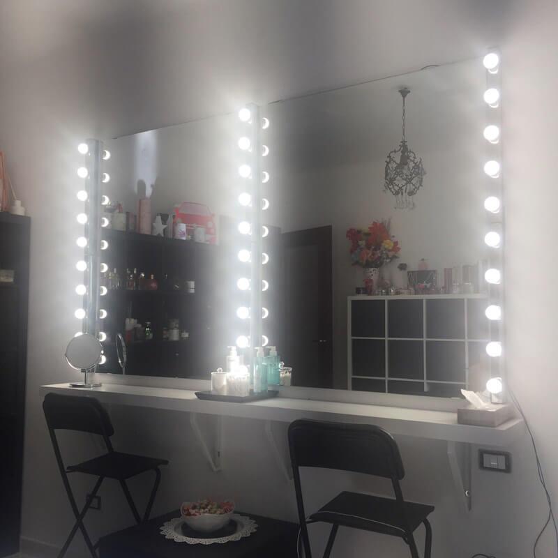postazione make up luci