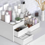 postazione make up organizer flaconi
