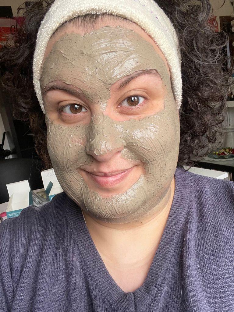 scegliere le maschere per il viso in base alle funzioni